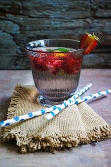 Strawbery lemonade on table cloth
