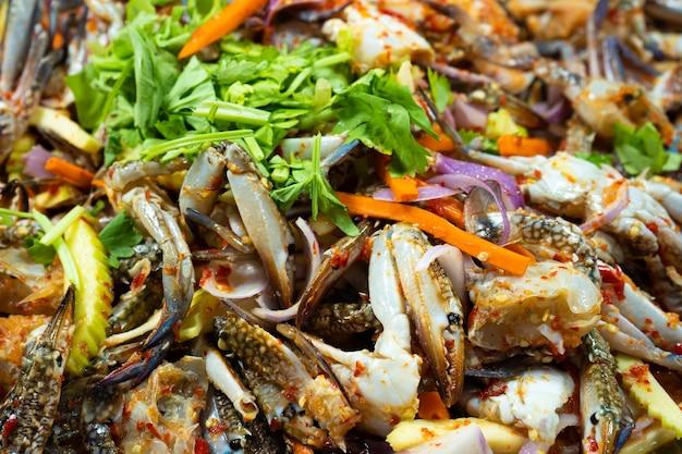 아시아의 길거리 음식 시장. 식품 카운터