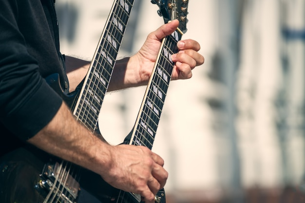 Street guitar rock