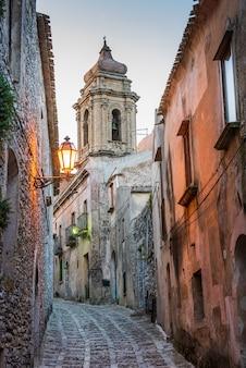 エリチェの旧市街の通り