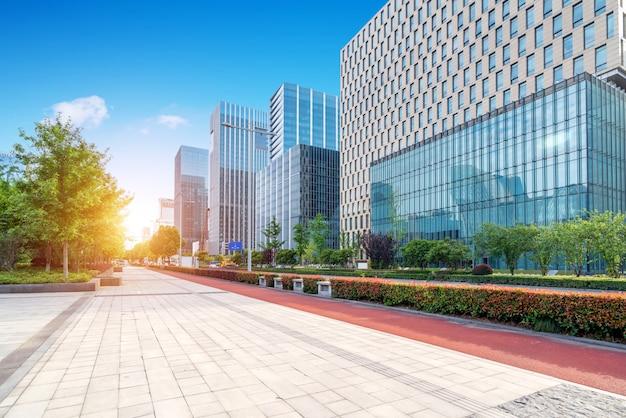通りの風景、正方形、高層ビル、寧波、中国。