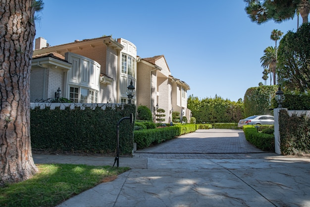 Streets and homes in wealthy neighborhoods large cities america