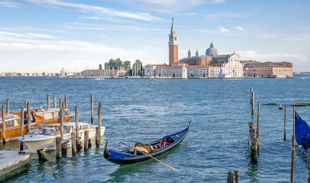 Улицы венеции, италия