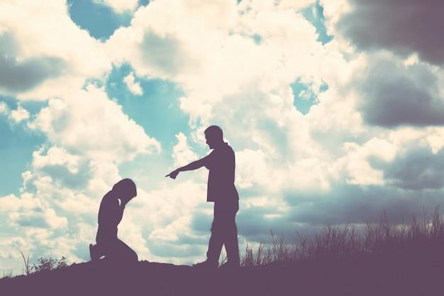 Напряженные эмоции оставляя чувства подростка