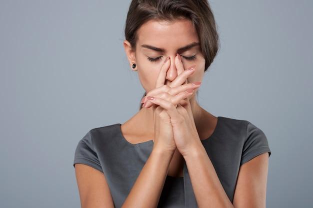 企業でのストレスの多い仕事には多くの犠牲が必要です