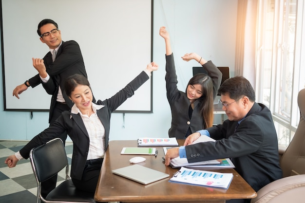 Stretching exercises for office syndrome. stretching exercise for tired employees with cha