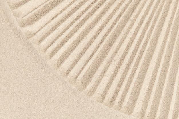 마음챙김 개념의 줄무늬 선 모래 배경