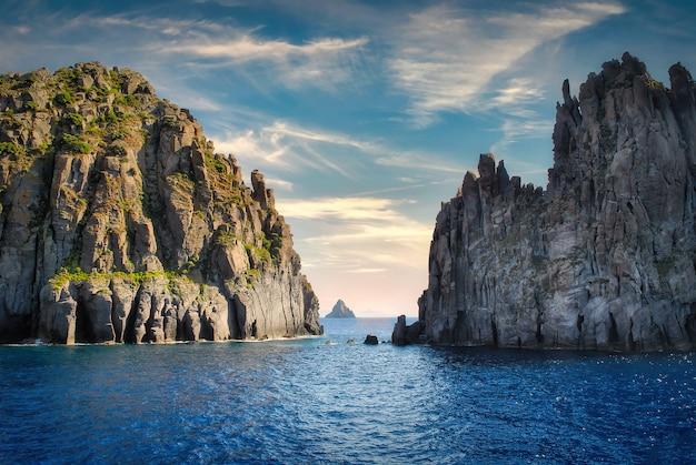 エオリア諸島のストロンボリ島