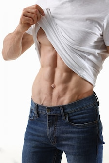Strong men's press thanks to diet