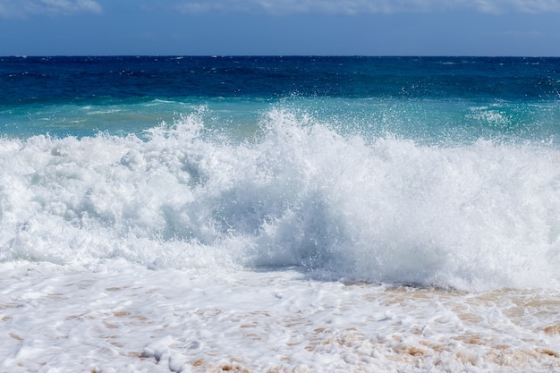 Strong sea wave