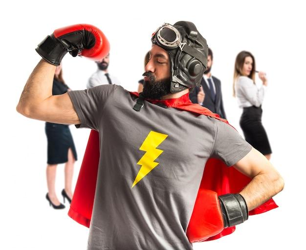 Сильный супергерой