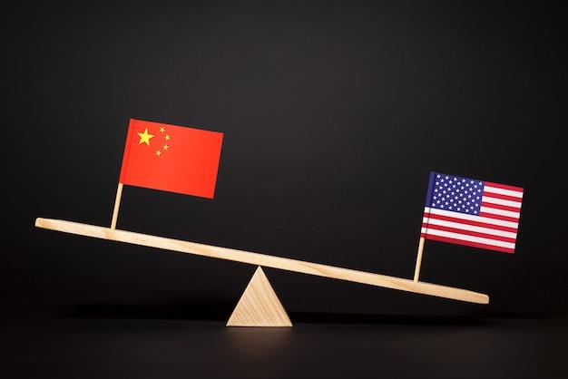 두 세계 경제의 리더십을 위한 투쟁. 미국과 중국의 무역 및 경제 전쟁. 중국 - 미국 관계