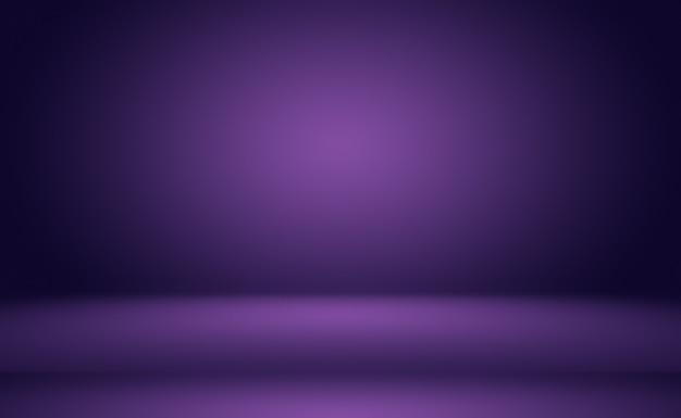 スタジオの背景の概念-製品の抽象的な空の光のグラデーション紫のスタジオルームの背景。プレーンスタジオの背景。