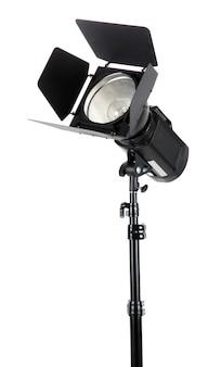 白い表面のクローズアップのスタジオ照明