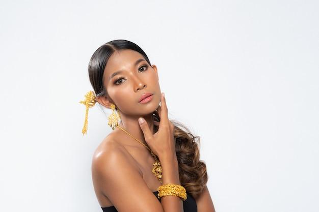 Studio lighting photography beauty woman.