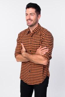 白い背景に対して分離されたハンサムなひげを生やしたヒップスター男のスタジオショット