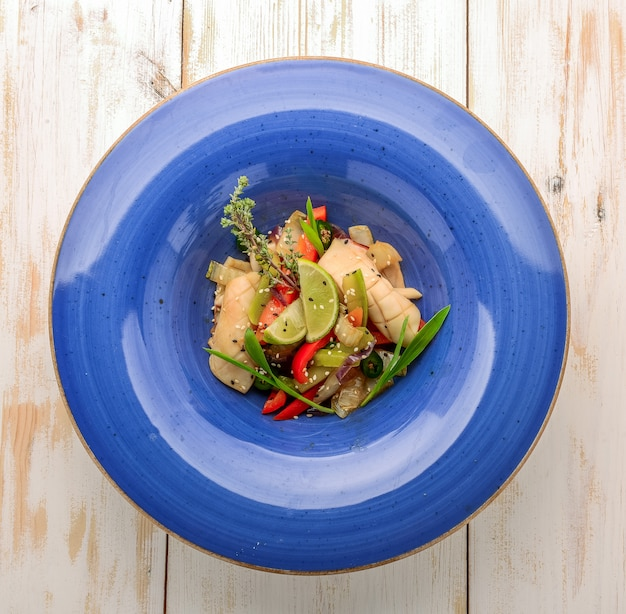 イカと海老の詰め物と野菜のご飯