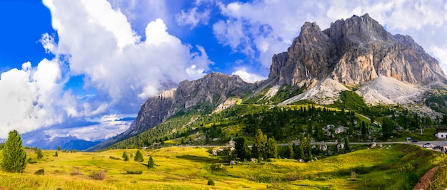 Stunning alpine scenery, dolomites mountains. beautiful valley near cortina d'ampezzo, northen italy