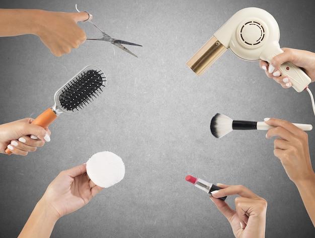 メイクや髪のスタイリングツール