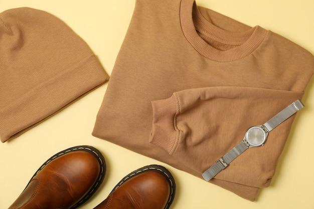 Стильная осенняя одежда