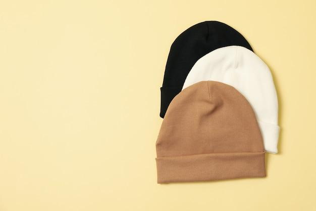 Стильные шапочки