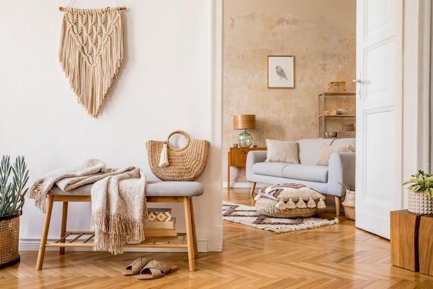 モックアップフレーム木製ベンチ枕格子縞の女性バッグ植物の装飾とモダンな家の装飾のエレガントなパーソナルアクセサリーとリビングルームのインテリアのスタイリッシュな構成