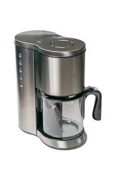 Стильная серая кофеварка, изолированная на белой поверхности