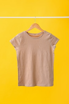 カラー面がスタイリッシュなtシャツ