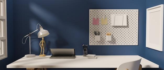 Стильное рабочее пространство с канцелярскими принадлежностями для ноутбука и украшениями в комнате с синей стеной 3d-рендеринга