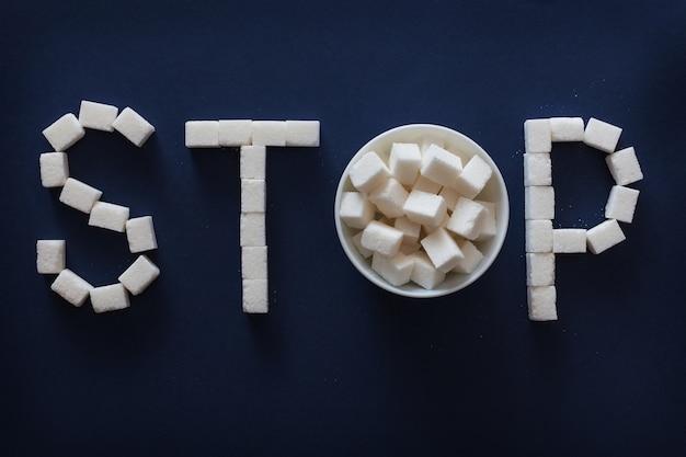 Sugar stop знак на синем фоне