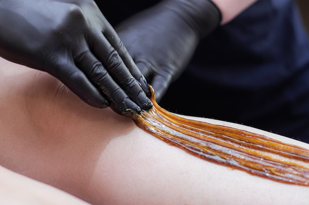 Sugaring your feet. smooth leg skin.