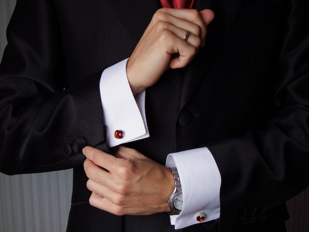 Suit sleeves with cufflinks