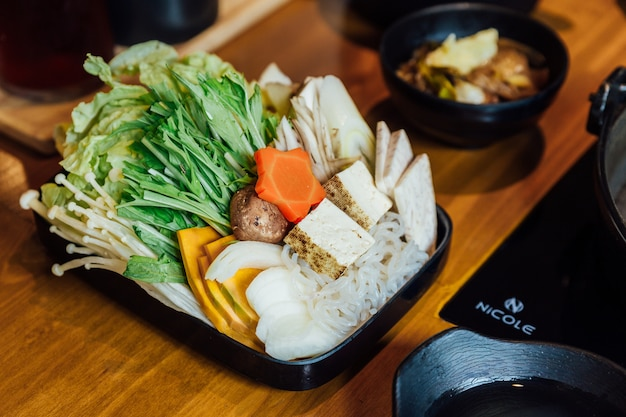 Sukiyaki vegetables set including cabbage