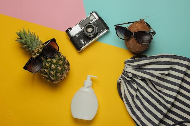 Летний фон. веселье и юмор. концепция пляжного отдыха, путешествия