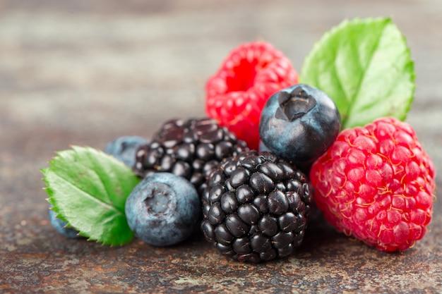 Микс summer berries с малиной, черникой и ежевикой