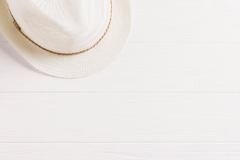 Summer composition with hat and copyspace