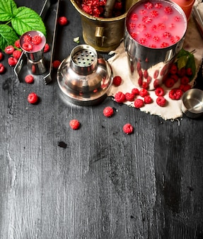 Summer cooling cocktail of wild raspberries.