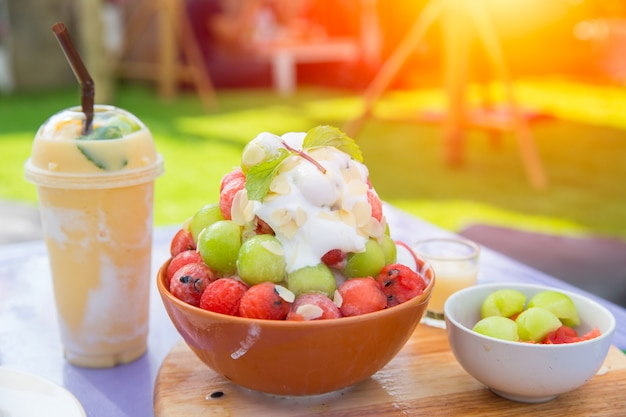Summer fruit ice smoothie and fruity sweet bingsu good for healthy and cool