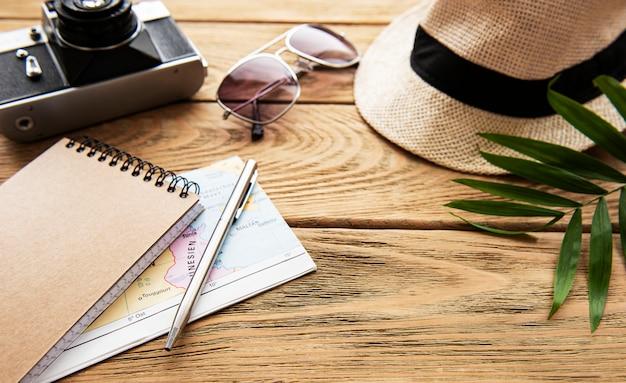 Летний праздник фон. концепция путешествия