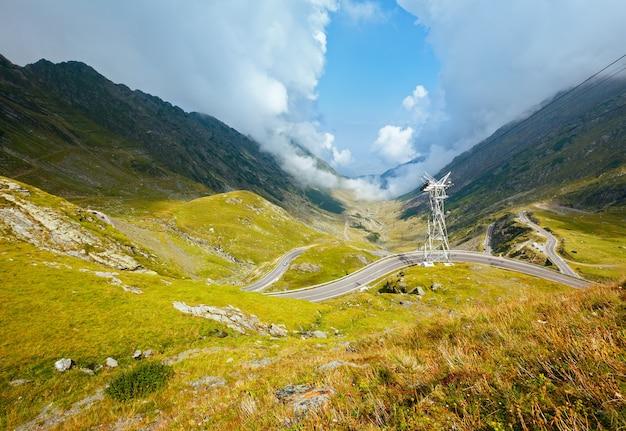Transfagarasan 도로에서 여름 산 전망