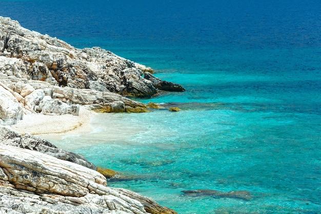 작은 해변 그리스, kefalonia와 여름 바다 해안 풍경