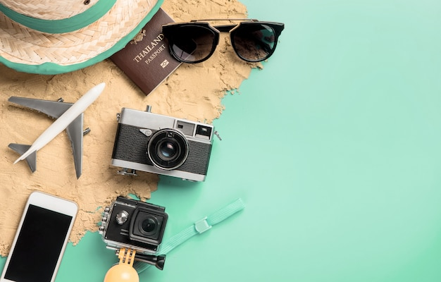Summer travel fashion accessories