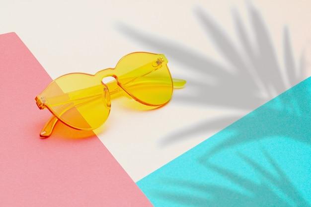Летние каникулы, путешествия, концепция туризма плоская планировка