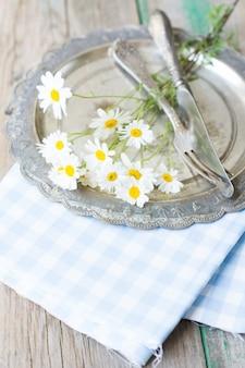 Summertime table setting