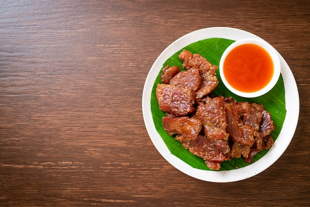 Sun dried pork with sauce