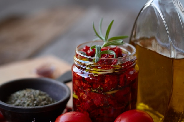 Sun-dried tomatoes with provencal herbs