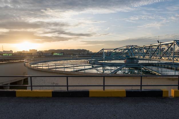 Процесс рециркуляции шлама в твердотельных контактных осветлителях на водоочистной станции с sun rise