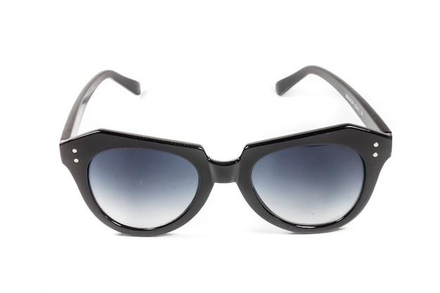 白に分離されたサングラス