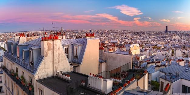 Восход солнца в париже, франция