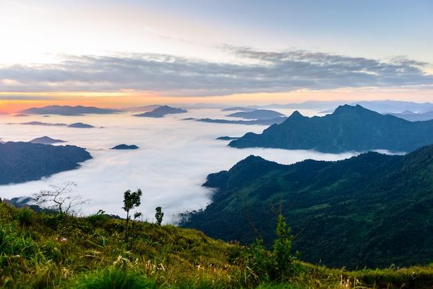 Sunrise and sea of mist